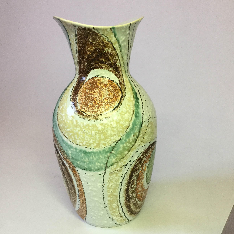 Bc ceramics flamenco vase 2815 2 canada pottery for Affordable pools pearl river la